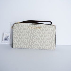 Michael Kors Jet Set Double Zip Wristlet Vanilla